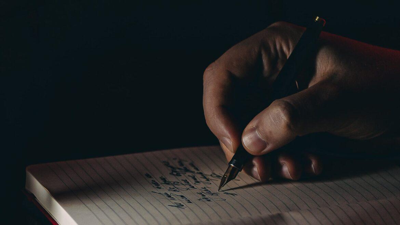 handschrift-verbessern-handhaltung